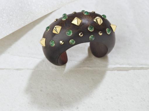 Bracelet Trianon en bois d'ébène, or et émeraudes