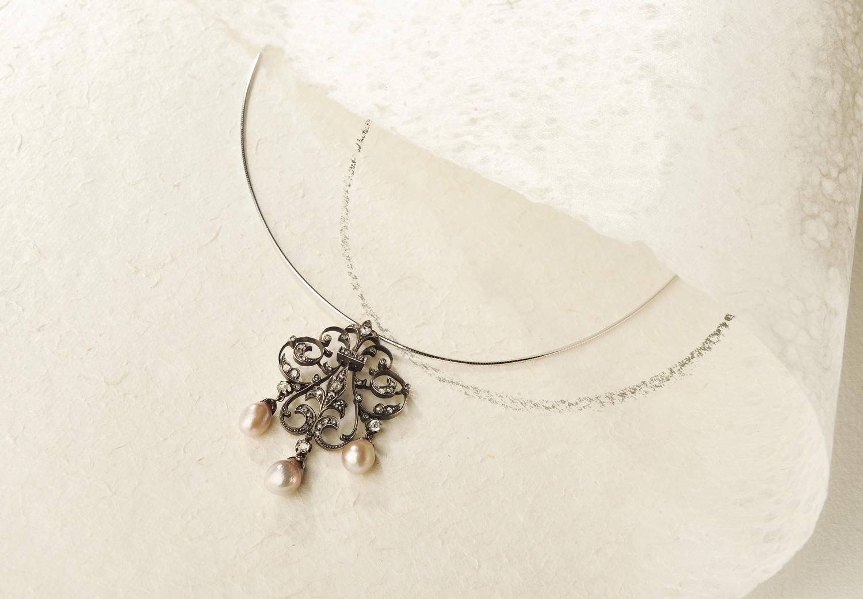 Élément de parure époque fin XIXe siècle or, argent, perles et diamants eec9d15d208