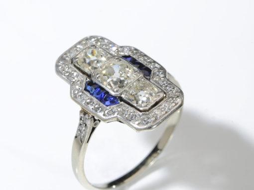 Bague Art déco avec diamants centraux